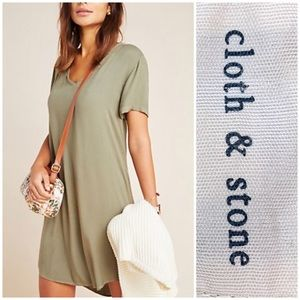 Anthropologie cloth and stone v neck rayon dress